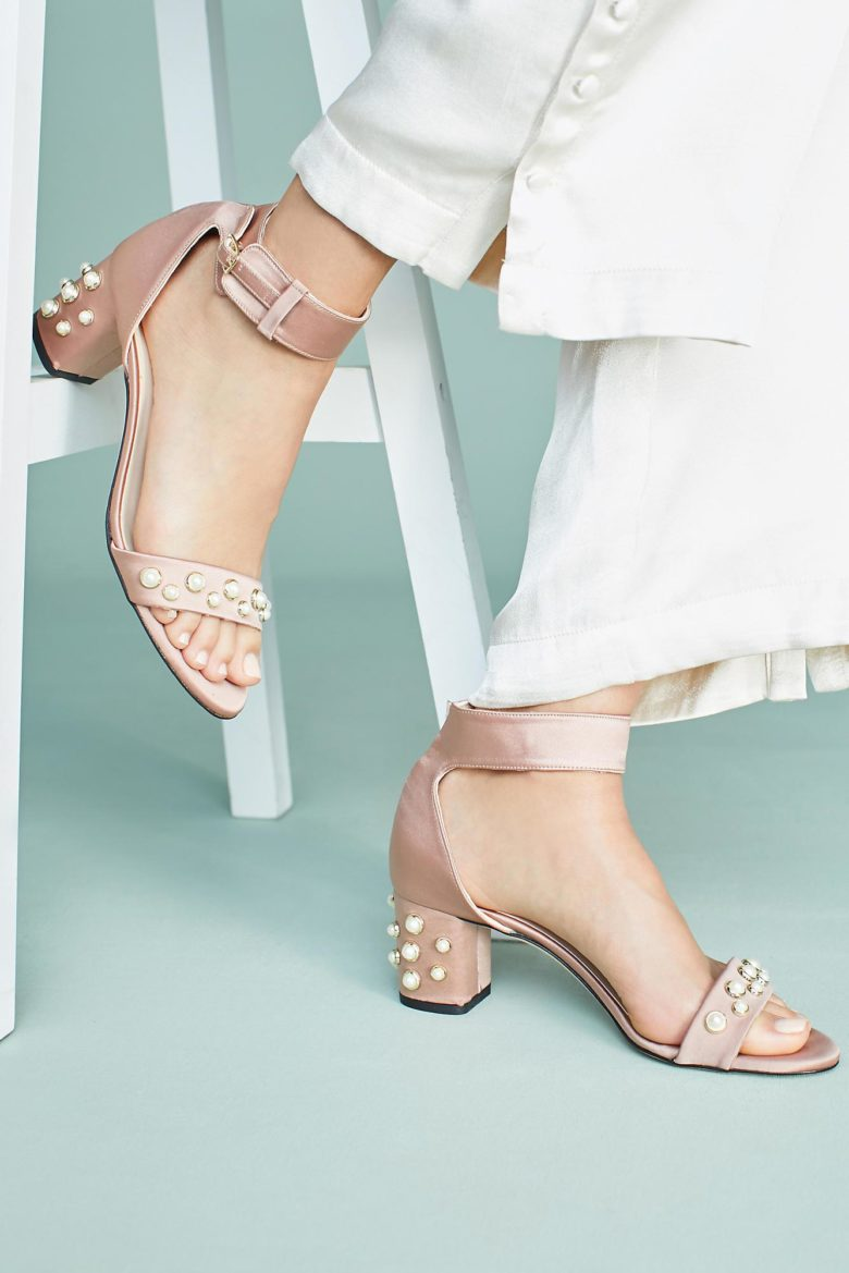 Nude heels with pearls